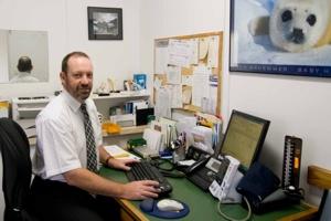Dr Michael Mackay